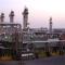 Attacco a lungo raggio contro i giacimenti petroliferi sauditi. Fine della guerra contro lo Yemen?