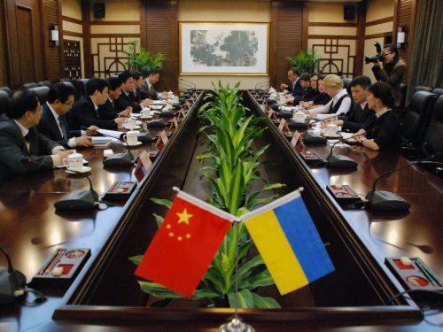 La lunga mano cinese sull'Ucraina. Trump fingerà di non vedere dopo i recenti accordi?
